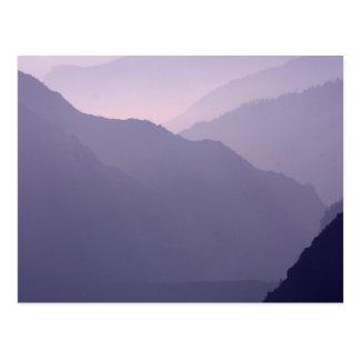Neblina de las montañas de Smokey Tarjetas Postales