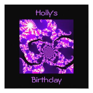 Neblina púrpura del cumpleaños de la invitación en