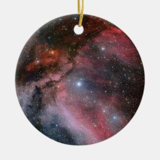 Nebulosa de Carina alrededor de la estrella WR 22 Adorno Navideño Redondo De Cerámica