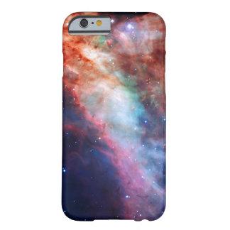 Nebulosa de Omega - imagen asombrosa de la Funda De iPhone 6 Barely There