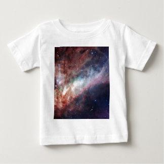 Nebulosa de Omega un flash de la luz Remeras