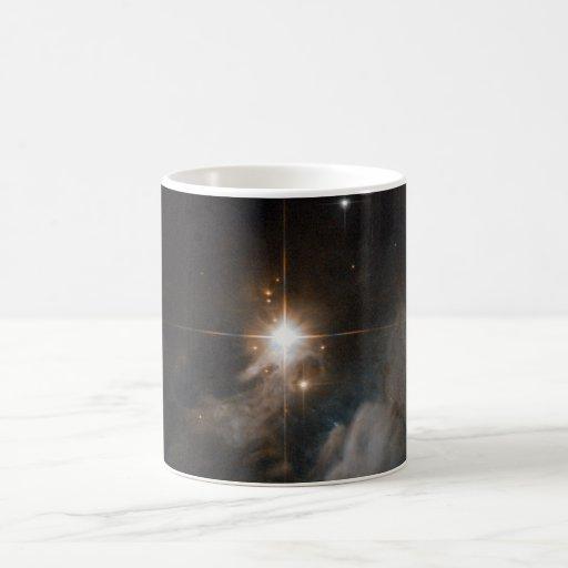 Nebulosa de reflexión IRAS 10082-5647 Tazas
