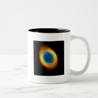 Nebulosa del anillo (telescopio de Hubble) Taza De Dos Tonos