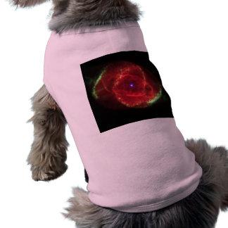 Nebulosa del ojo de gato camisetas de mascota