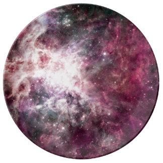 Nebulosa púrpura hermosa platos de cerámica