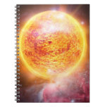 Nebulosa que quema brillantemente libro de apuntes con espiral