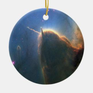 Nebulosa trífida adorno redondo de cerámica