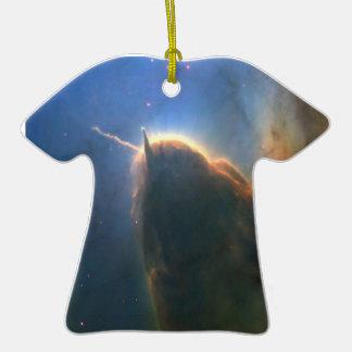 Nebulosa trífida adorno de cerámica en forma de camiseta