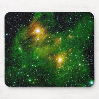 Nebulosa verde de la nube del gas GL490 Alfombrilla De Raton