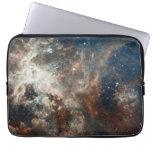 Nebulosa y cúmulos de estrellas de 30 Doradus Funda Computadora