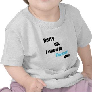 Necesidad de piar esto camiseta