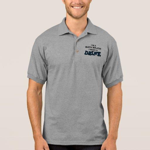 Necesite una bebida - comandante de matemáticas camiseta