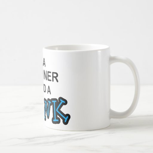 Necesite una bebida - Pipeliner Taza Clásica