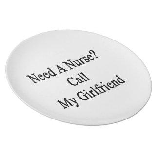 Necesite una llamada de la enfermera mi novia plato