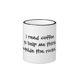 Necesito el café ayudarme a pensar la taza