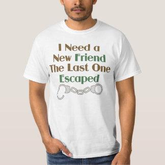 Necesito un refrán divertido del nuevo amigo camisas