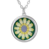 Necklace - Crochet Pattern - Daisy