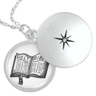 Necklace(locket-Bible) Round Locket Necklace