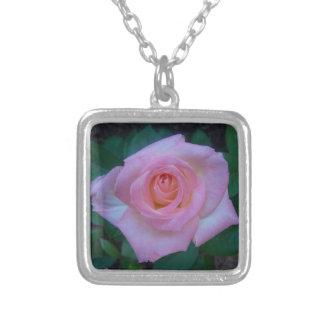 Necklace TEA ROSE (Diana Princess of Wales)