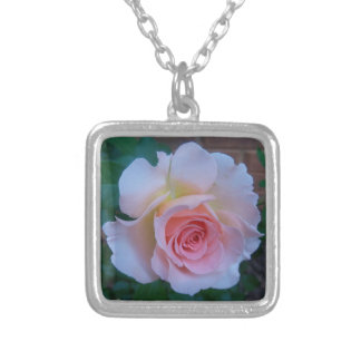 Necklace TEA ROSE (Royal Wedding)