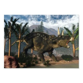 """Nedoceratops que ruge mientras que corre - 3D Invitación 5"""" X 7"""""""