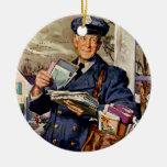 Negocio del vintage, entrega del cartero del carte ornamento para arbol de navidad