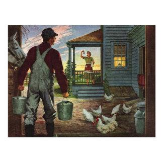 Negocio del vintage, granjero que trabaja en la postal