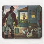 Negocio del vintage, granjero que trabaja en la tapete de raton