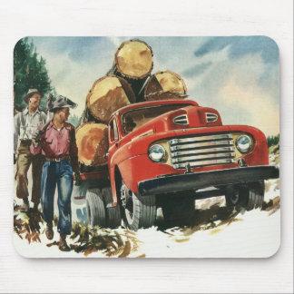 Negocio del vintage, leñadores con el camión de alfombrilla de ratones