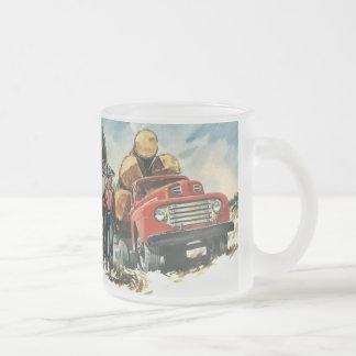 Negocio del vintage, leñadores con el camión de taza de cristal