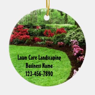 Negocio verde del cuidado del césped del paisaje adorno navideño redondo de cerámica