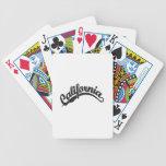 Negro apenado barajas de cartas