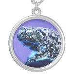 Negro azul invertido foto del sapo de la rana pendientes personalizados
