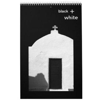 negro + blanco calendario de pared