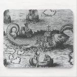 Negro/blanco del monstruo de mar/del cojín de la c alfombrillas de ratón