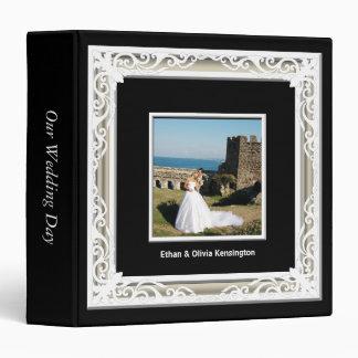 Negro blanco y álbum del boda del marco de la fot