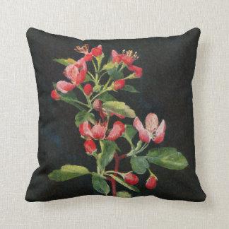 Negro bonito de Crabapple de la pradera y floral Almohada