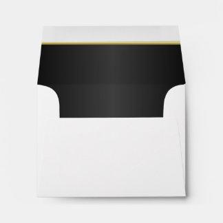Negro clásico alineado con la barra de oro sobres