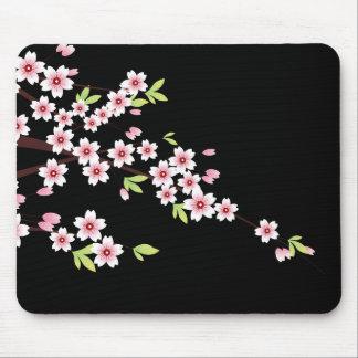 Negro con la flor de cerezo rosada y verde Sakura Alfombrillas De Ratón
