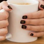 Negro con los clavos anaranjados de la moza descar stickers para uñas