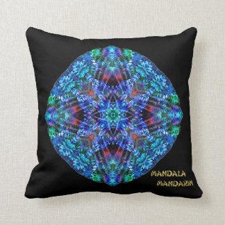 Negro coralino de la estrella del volcán cojín decorativo