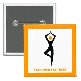 Negro de la actitud del árbol de la yoga, pin cuadrado