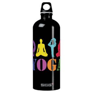 Negro de la botella de la yoga