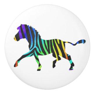 Negro de la cebra y silueta del arco iris pomo de cerámica