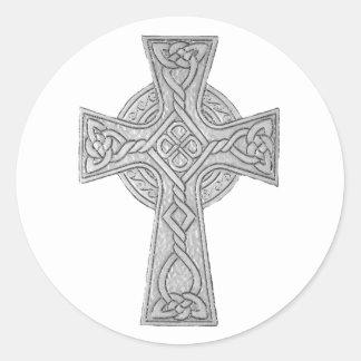 Negro de la cruz céltica 3 pegatina redonda