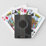 Negro de la guitarra acústica cartas de juego