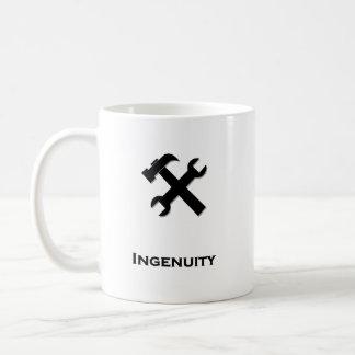 Negro de la ingeniosidad de la llave del martillo tazas de café