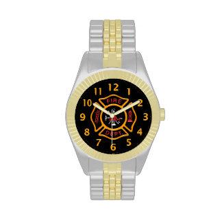 Negro de la insignia del cuerpo de bomberos relojes de pulsera