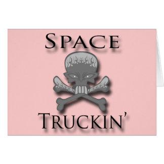 Negro de Truckin del espacio Tarjetón