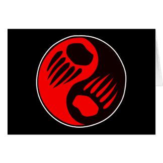 Negro de Yin Yang de la garra de oso Tarjeta De Felicitación